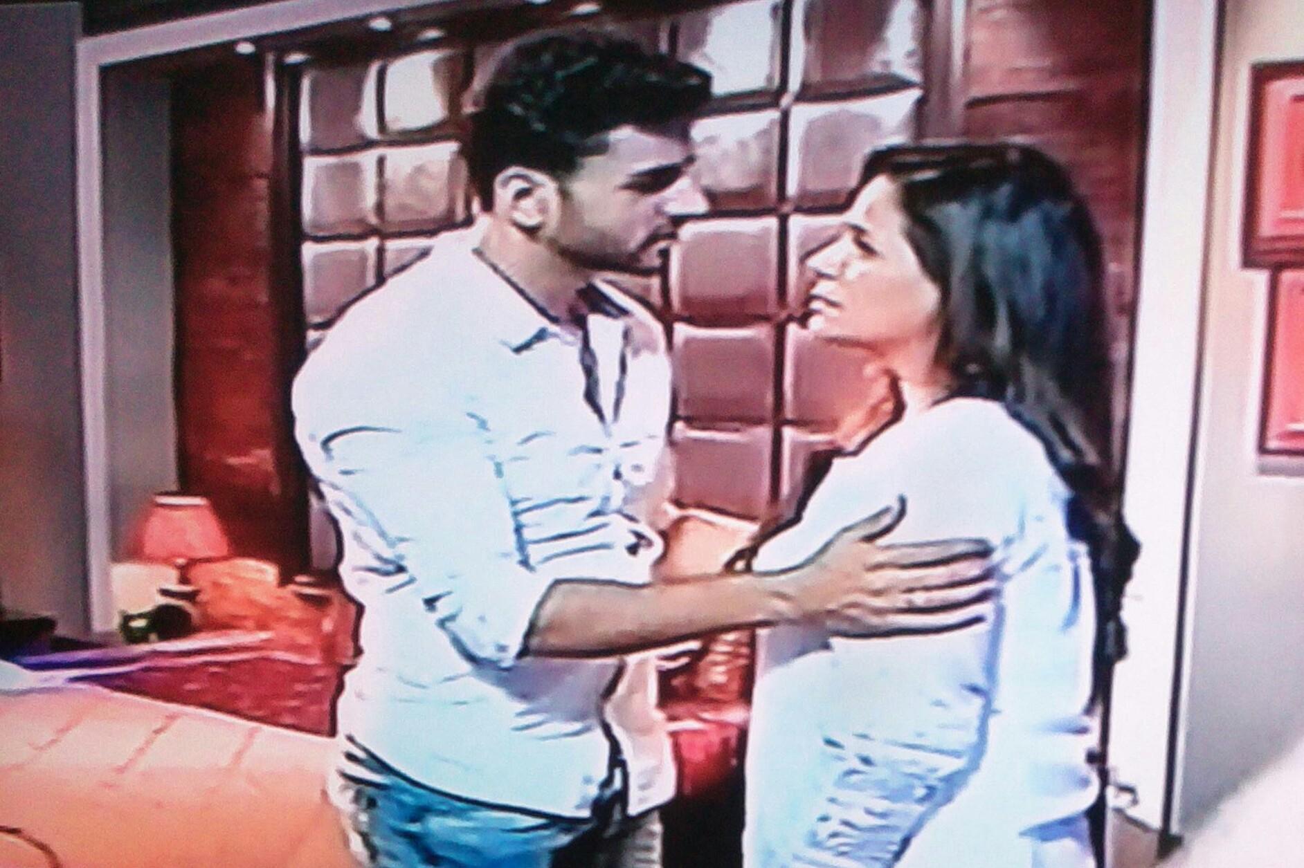Kawach: Shakti spoils Paridhi-Rajbir's close romantic moments