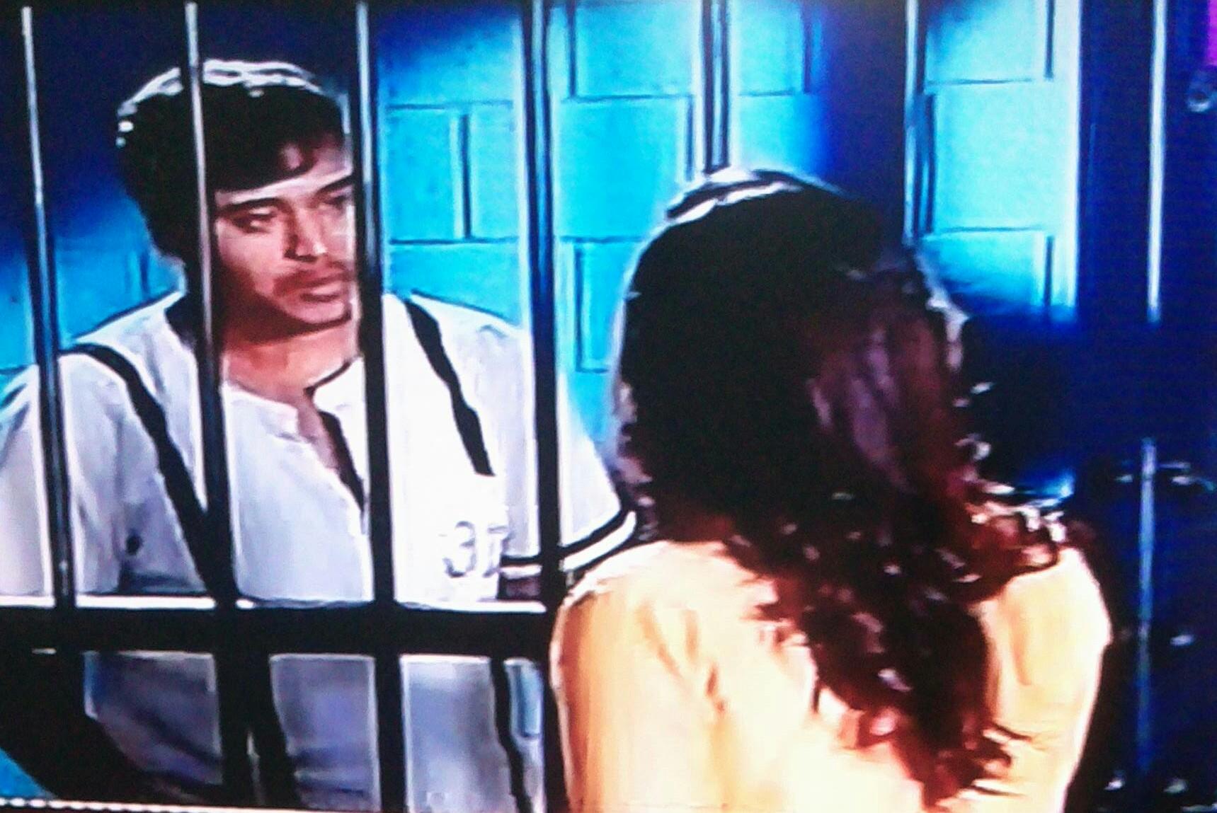 Kawach Kali Shaktiyo Se: Paridhi seeks Shakti's help saving Tipsy