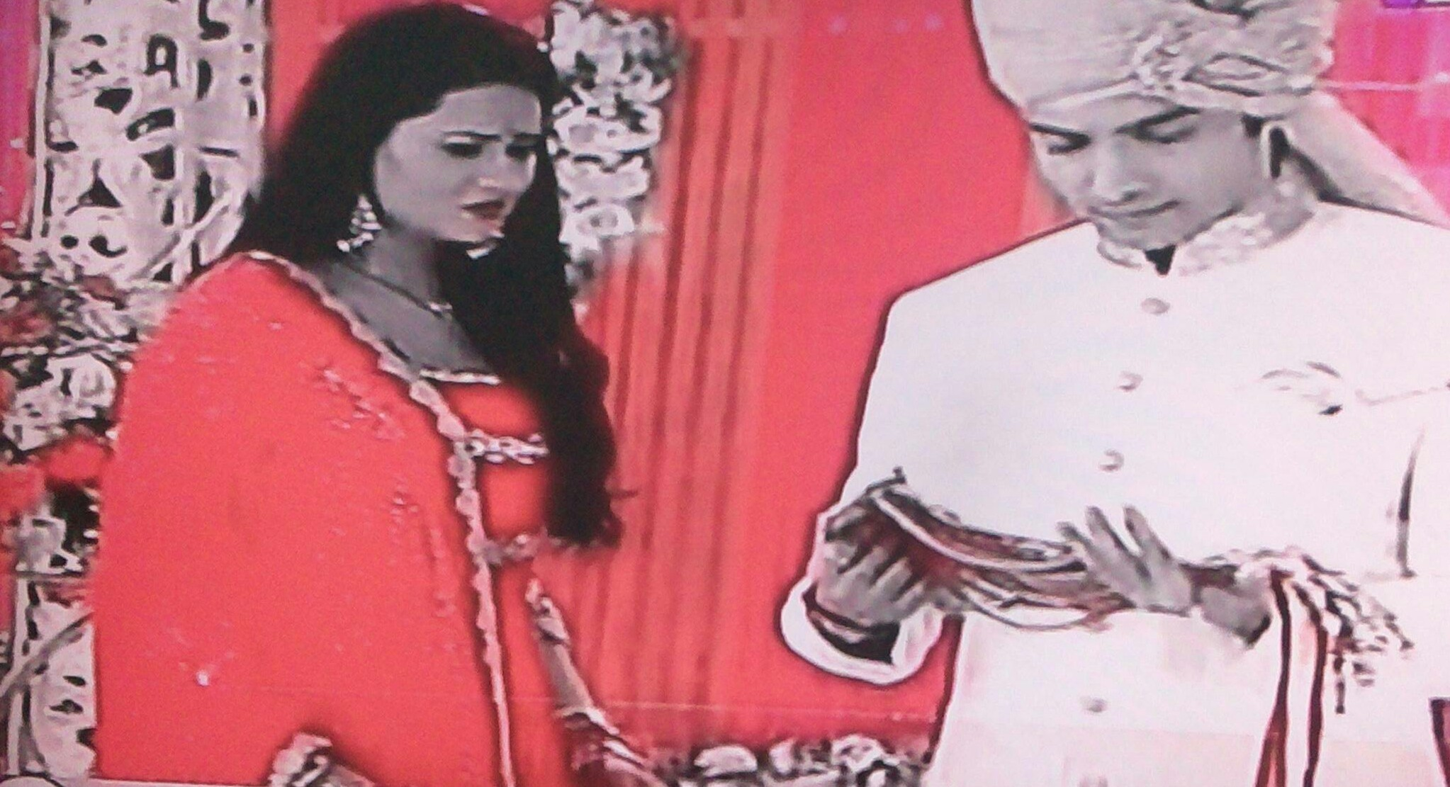 Kasam update: Rishi opens Rano's blind fold over Malaika's truth