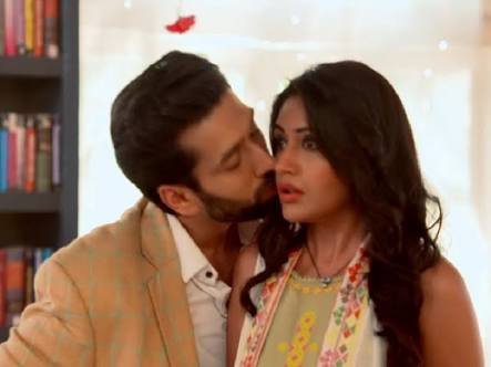 Ishqbaaz: Shivaay's unique expression of love Anika spellbound