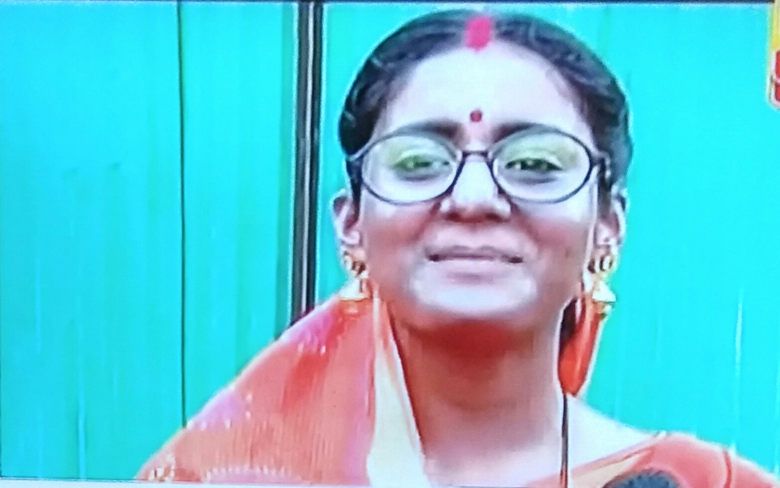 Naamkaran: Avni's aunty avatar escaping Neil house arrest reaches Juhi