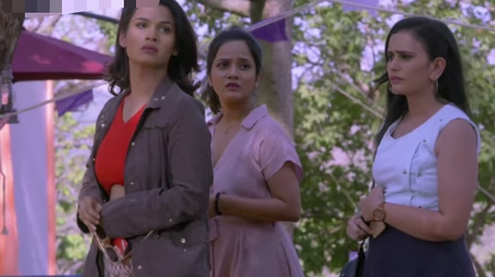 Kumkum Bhagya Rhea S Deadly Plan For Prachi Turns Picnic Into Tragedy Pepper twisted in her seat to look at tony, a surprise look was etched on her face. kumkum bhagya rhea s deadly plan for